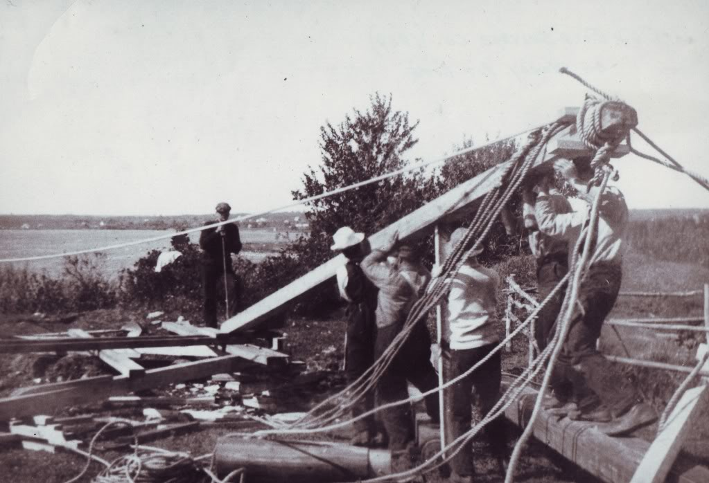 The Old Gold Salvage Co on the Money Pit site, 1909